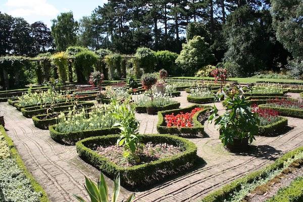 University of Leicester Botanical Gardens